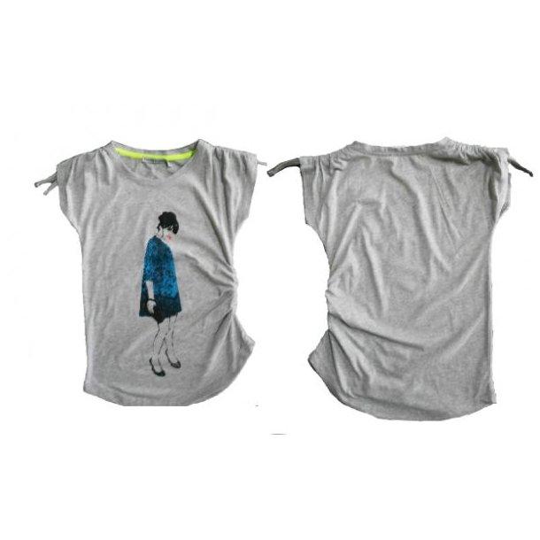 T-Shirt in grau mit schick Motiv und Krausen