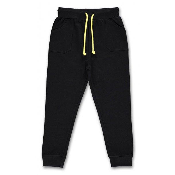Schöne baggy Hosen in schwarz von Bombibitt