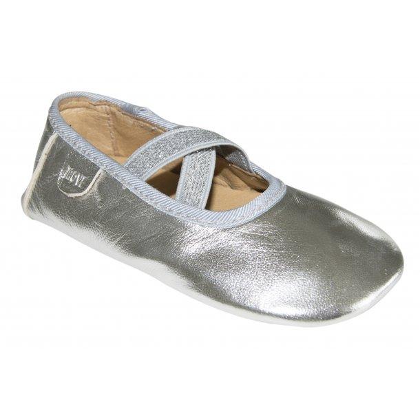 Ballerinaen in Silber von Melton