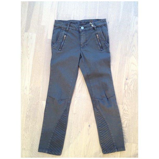 Superschicke Jeans in olivgrüne